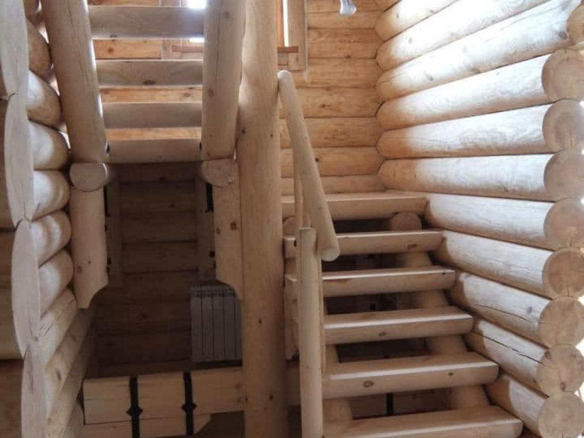 Поворотные деревянные лестницы - Русские усадьбы - Лестницы на второй этаж